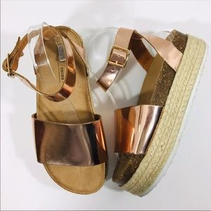 ASOS Rose Gold Espadrille Flatform Sandals EUC